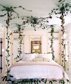 celerie kemble's canopy bed