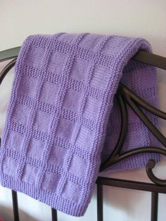 Knitted baby blanket model Knitted baby blanket model , Örgü Bebek Battaniye Modeli , bebek Source by melikefilizz. Baby Knitting Patterns, Free Baby Blanket Patterns, Baby Patterns, Stitch Patterns, Pink Baby Blanket, Easy Knit Baby Blanket, Knitted Baby Blankets, Woven Blankets, Chevron Blanket