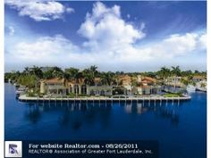 Miami Beach: Find this home on  >> See the Deals!