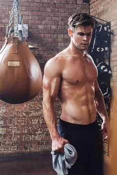 (notitle) The post appeared first on Marvel Universe. Chris Hemsworth Thor, Chris Hemsworth Kinder, Chris Hemsworth Tattoo, Chris Hemsworth Ghostbusters, Chris Hemsworth Workout, Scarlett Johansson, Yoga Fitness, Hemsworth Brothers, Hommes Sexy