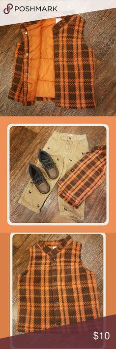 Boys 4T fleece quilted Vest Beautiful orange and plaid  Fleece vest nylon lining Machine Washable  EUC Clean non smoking home Children's Place Jackets & Coats Vests