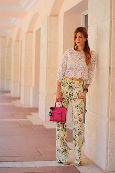 1be11727 a fancy affair miami blogger fashion blogger amanda tur is wearing zara  floral print wide leg