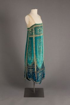 1926, France Evening dress by Callot Soeurs Silk velvet, glass beads, metallic thread Fox Historic Costume Collection