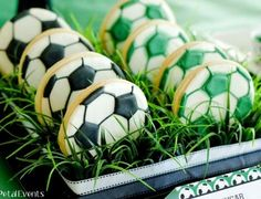 Super Soccer Party by Holly from Paisley Petal Events. Amazing soccer desserts and decor! Soccer fans will go nuts! Soccer Cake Pops, Soccer Cupcakes, Soccer Treats, Soccer Cookies, Soccer Birthday Parties, Soccer Party, Soccer Ball, Soccer Wedding, Sports Birthday