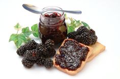 The antioxidants in the blackberry provide sufficient blood supply … - Healthy Eat Healthy Life, Healthy Eating, Blackberry, French Toast, Food And Drink, Health Fitness, Peach, Healthy Recipes, Fruit