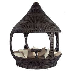The Alexander Rose Ocean furniture collection takes its inspiration from the sea. Including chairs, benches, sofas and tables with FREE UK mainland delivery. Rattan Daybed, Outdoor Daybed, Outdoor Rugs, Outdoor Decor, Wicker Furniture, Garden Furniture, Outdoor Furniture, Modern Mobile Homes, Brown Cushions