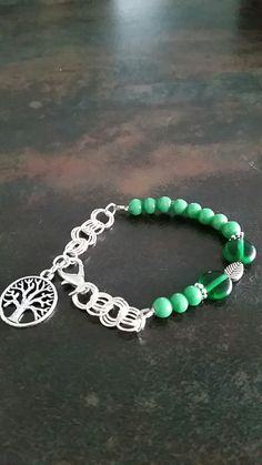 Green glass beads&Silver chain