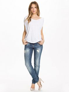 Vivienne Top - Object - White - Tops - Clothing - Women - Nelly.com Uk