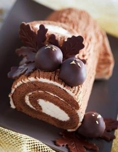 Chocolate cake roll...YUMMY!