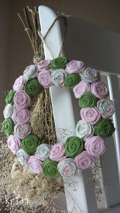 """Rózsakoszorú - """"Nyíló virágok illata"""", Mindenmás, Baba-mama-gyerek, Otthon, lakberendezés, Dekoráció, Meska Baba, Hanukkah, Wreaths, Country, Diy, Home Decor, Decoration Home, Door Wreaths, Rural Area"""