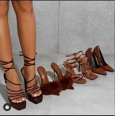 Dream Shoes, Crazy Shoes, Shoe Boots, Shoes Heels, Pumps, Cute Shoes, Me Too Shoes, Sneakers Fashion, Fashion Shoes