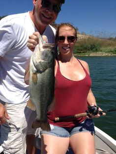08/26/2015 and this is a fantastic picture of an angler showing a solid 4+ pound largemouth bass that she caught at Lake Casitas on a deep diving crankbait, with professional Lake Casitas bass fishing guide Rich Tauber. We have great fishing right now and we are open every day of the week for business. You can call or text me at 818-439-1154 to book your trip today.