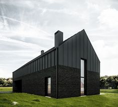 081 - BLACK HOUSE The project of residential house in Lublin, designed for a family of four. The main idea was to create a simple solid, standing in opposition to the surrounding architectural cacophony. Houses Architecture, Black Architecture, Residential Architecture, Architecture Design, Modern Barn House, Modern House Design, Black Brick, Black Barn, Black Metal