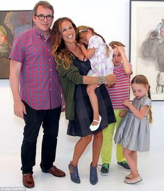 Sarahs Day Off! Sarah Jessica Parker, Matthew Broderick, Tabitha Broderick, James Wilke and Loretta attended a museum opening in New York City last year Sarah Jessica Parker Lovely, Sarah Day, City Style, Her Style, Celebrity Kids, Celebrity Style, Carrie And Big, Mary Kate Olsen, Rachel Bilson