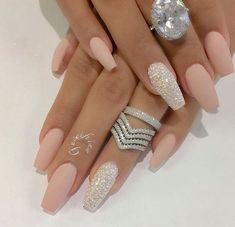 Nail - Hey fashioners, bling nails are definitely beautiful to behold! - - Hey fashioners, bling nails are definitely beautiful to behold! But how do you attain them? Well, painting your nails with a glitter polish can give t. Prom Nails, Bling Nails, My Nails, Wedding Nails, Stiletto Nails, Coffin Nails Matte, Wedding Acrylic Nails, Vegas Nails, Pink Coffin
