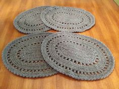 Set of four oval crocheted placemats made with two strands of worsted yarn crocheted together. Placemats measure x 16 The color of these placemats is Heather gray. Crochet Placemats, Crochet Doilies, Placemat Patterns, Knit Crochet, Crochet Patterns, Crochet Ideas, Crochet Projects, Knitting, Rugs