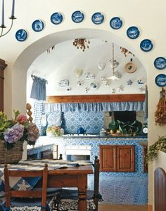 Risultati immagini per cucina muratura maioliche