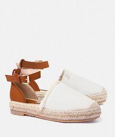 Entzückende Lace Up Canvas Sneakers Flats Schuhe für American Girl Dolls 2 Puppen & Zubehör