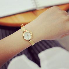 Ultra Thin Watch Women Gold 2015 New Ladies Casual Analog Quartz Wristwatches With A Strap Metal Relogio Dourado Feminino