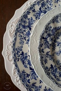 Blue Dishes, White Dishes, Blue And White China, Flow Blue China, Blue Willow China, Blue Plates, White Plates, Dish Sets, Vintage Dishes