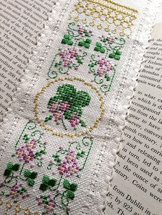 Irish Charm Bookmark - free cross stitch project from Kreinik