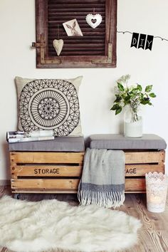 14 Pallet Furniture Designs You'll Want In Your Home DIY seat from old wooden boxes. Pallet Furniture Designs, Diy Furniture, Barbie Furniture, Garden Furniture, Furniture Refinishing, Furniture Online, Metal Furniture, Repurposed Furniture, Furniture Makeover