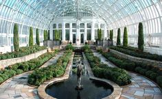 Interior of the Marjorie McNeely Conservatory at Como Park Zoo & Conservatory, Minneapolis, MN