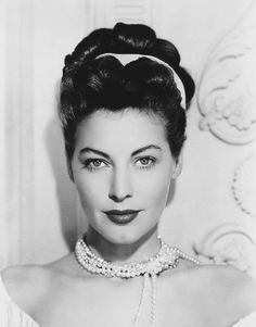 Viejo Hollywood, Hollywood Icons, Golden Age Of Hollywood, Hollywood Glamour, Hollywood Stars, Classic Hollywood, Old Hollywood, Ava Gardner, Comedia Musical