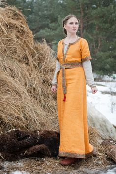 Knyazhna Helga Medieval Dress - renaissance dresses. Norther Europe.