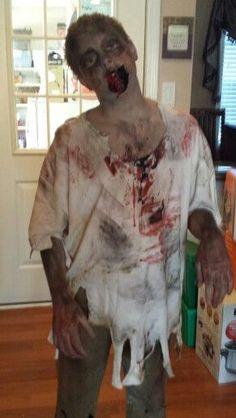 18 diy zombie costume ideas costumes halloween costumes and 0c18aee9863c6d3017c8569334c301bdg 291516 pixels zombie halloween costumeszombie partycostumes kidsdiy solutioingenieria Images