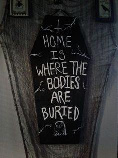 Every day is Halloween Halloween House, Holidays Halloween, Happy Halloween, Halloween Party, Halloween Bedroom, Zombie Party, Diy Halloween Decorations, Halloween Crafts, Halloween Nails