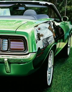 Green Hemi Cuda, 2012, oil on aluminum panel, 30 x 24    © Cheryl Kelley, Courtesy of Bernarducci Meisel Gallery / http://www.yatzer.com/Cheryl-Kelley