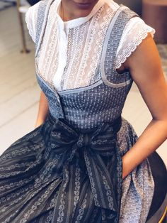 """Dirndl Josephine Silver Grey Our Monday highlight: Josephine """"Silver Gray"""". ✨ Classic, simple and elegant. Style Girlie, Looks Style, My Style, Shabby Chic Pink, Elegantes Outfit, Vestidos Vintage, The Dress, Ideias Fashion, Fashion Dresses"""