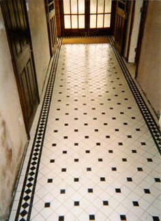 Victorian Tiles in classically themed hallway Hall Tiles, Tiled Hallway, Entry Hallway, Entrance Hall, White Hallway, Entryway Flooring, Hall Flooring, Modern Flooring, Victorian Flooring