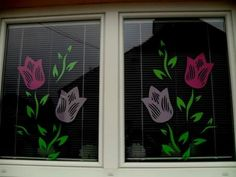 Induge in the beauty of Spring season with Easter Window decorations. Do window decorations for your home. Check out DIY Easter Window decorations here. Easter Crafts To Make, Easter Egg Crafts, Bunny Crafts, Flower Crafts, Diy And Crafts, Windows Color, Diy Easter Decorations, Window Art, Spring Crafts