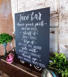 taco bar Serving your wedding dinner buffet style? Spice up the night with this beautiful chalkboard menu! Words can be substituted for any menu such as Taco Bar Wedding, Wedding Reception Food, Wedding Dinner, Wedding Catering, Wedding Signs, Wedding Ideas, Wedding Foods, Wedding Planning, Diy Wedding