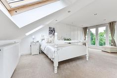 John and Tania Ferrari chose Econoloft to create a new master bedroom in the loft of their three-bedroom semi-detached home, so their growing daughter could move into their old bedroom. #loft #conversion
