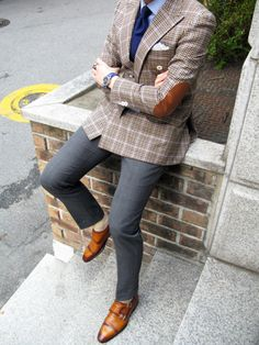 Double Breasted Sport Coat, slim fit slacks and monk strap shoes. That boy is bad!