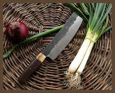 hand made forged Nakiri bōchō / egyedi, kézzel kovácsolt nakiri by angelero manufacturing Kitchen Knives, Cooking, Handmade, Kitchen, Hand Made, Brewing, Cuisine, Cook, Handarbeit