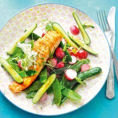 Knapperige groenten met zalmfilet