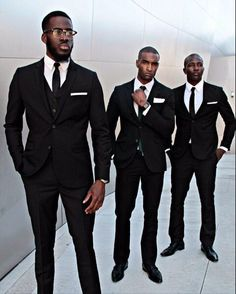 I love black men. I love all men, but black men are my favorite. Der Gentleman, Gentleman Style, Mode Masculine, Sharp Dressed Man, Well Dressed Men, Street Style Inspiration, Style Costume Homme, Fashion Business, Best Street Style