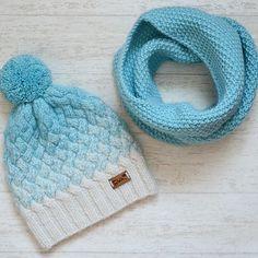 Комплект в наличии))) на окр.гол. 52-56 см.)#вяжу #вязанаяшапка #вязание #вязаная_шапка #вязаниеспицами #шапка #шапки #шапкиручнойработы #ручнаяработа #рукоделие #своимируками #knit #knitting #knits #handmade#вязаниенапродажу