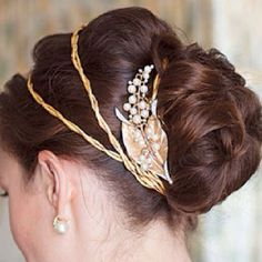 Gold, Copper Wedding Ideas. Gold Weddings. Copper colour Weddings. Wedding Directory-UK