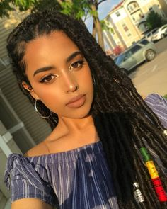Ever since Zendaya came down the red carpet with faux dreadlocks, we've been seeing the style everywhere! This style is created by wrapping kinky Marley hair Curly Hair Braids, Braids For Black Hair, Curly Hair Styles, Natural Hair Styles, Hair Wigs, Curly Afro, Afro Hair, Hair Updo, Box Braids