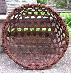 Search over hundreds individual dealers' antiques websites for Americana, Country and Folk Art antiques making it easy for find just what you are looking for. Old Baskets, Vintage Baskets, Cheese Baskets, Bamboo Products, Harvest Time, Primitive Decor, Basket Ideas, Buckets, Primitives
