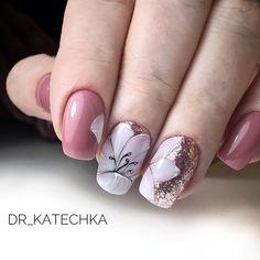 Уже полюбившийся всем моим клиентам дизайн  #цветынаногтях #росписьногтей #dr_katechka #ногтибибирево #гельлакдизайн
