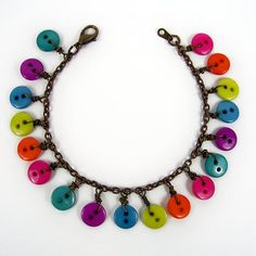 This bracelet is a perfect summer craft, or a great activity for a group. I teach you the basic wire wrapping technique and let you go crazy