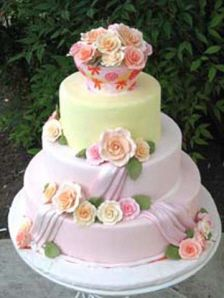 pretty pastel flower cake from Amphora Bakery