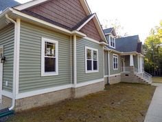 53 Ideas Exterior Paint Colors For House Sage Craftsman Style For 2019 Green Siding, Exterior Siding Colors, Exterior Paint Colors For House, Paint Colors For Home, Vinyl Siding Colors, Siding Colors For Houses, House Paint Color Combination, Craftsman Style, Pole Barns