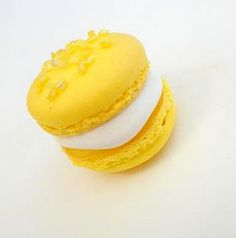 lemon meringue pie macaron recipe.